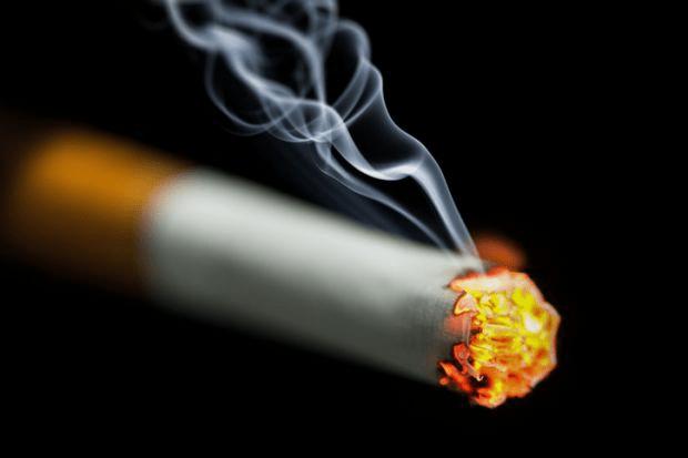 Cara membuat lintingan rokok di rumah
