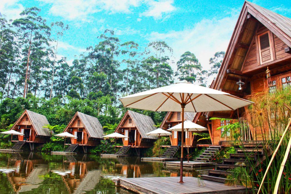 Wisata Romantis Dusun Bambu Lembang