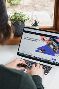 Read more about the article Daftar Tempat Jualan Online Terbaik Bagi Pemula