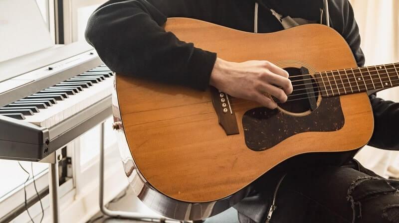 Gitar Murah
